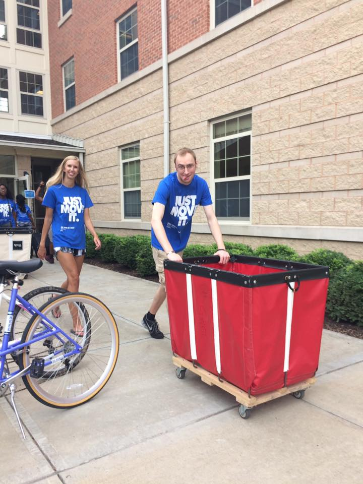 Impact UMKC Move in Day 2017